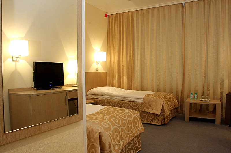 Standard Room With River View At Moscow 39 S Aquarim Hotel