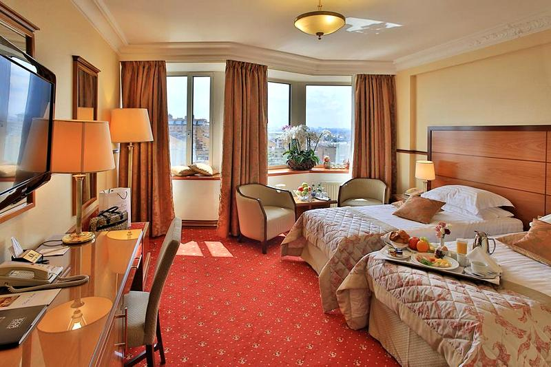 Deluxe Rooms At The Golden Ring Hotel In Moscow