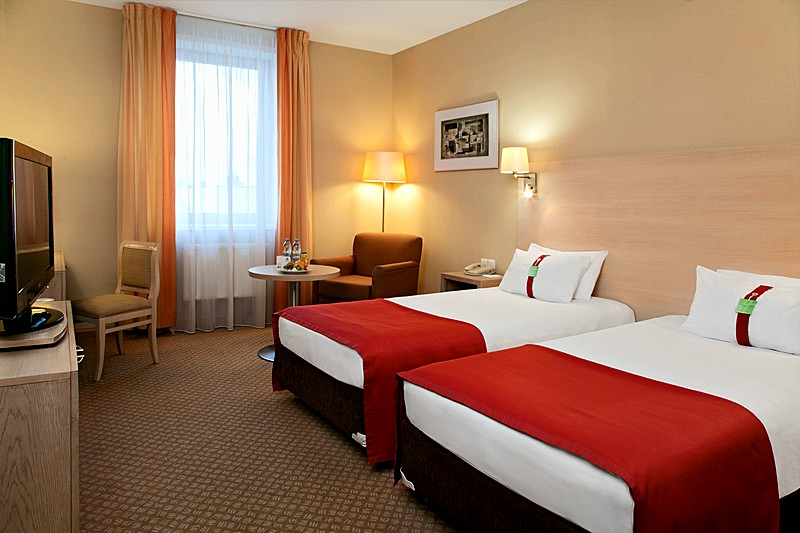 Non Smoking Standard Twin Rooms At Moscow S Holiday Inn