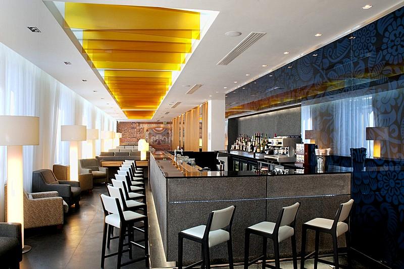The Holiday Inn Moscow Simonovsky Hotel S Lobby Bar