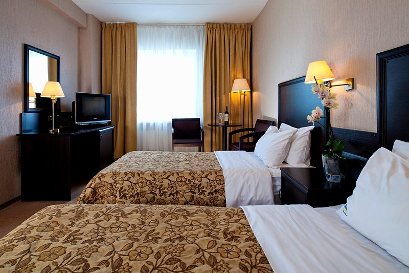 Business Twin Rooms At The Izmailovo Beta Hotel In Moscow