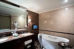 Junior Suite Bathroom at Lotte Hotel in Moscow, Russia