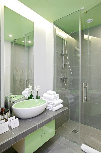Bath at Junior Suite at the Mamaison Pokrovka All-Suites Hotel in Moscow