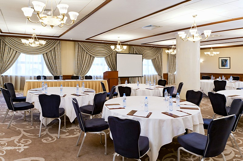 Salon 2 Conference Hall At Moscow S Five Star Marriott Royal Aurora