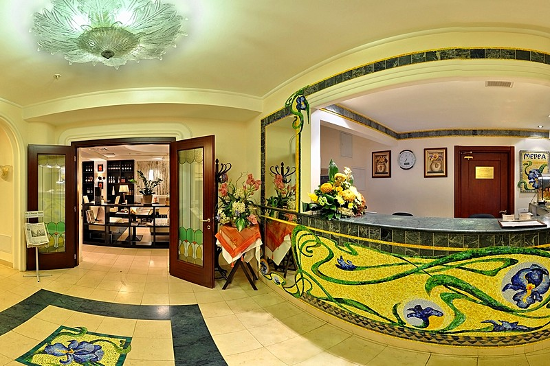 Reception Services At Moscow S 4 Star Medea Hotel
