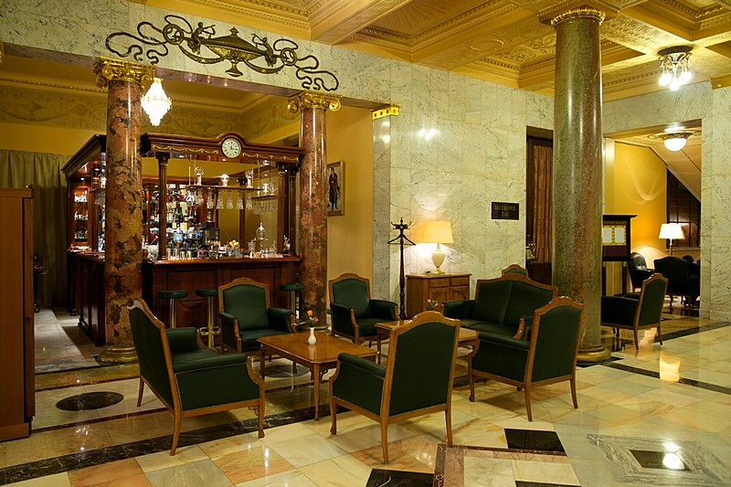 Shalyapin bar beautiful lobby bar at the metropol hotel in moscow - Images of bars ...